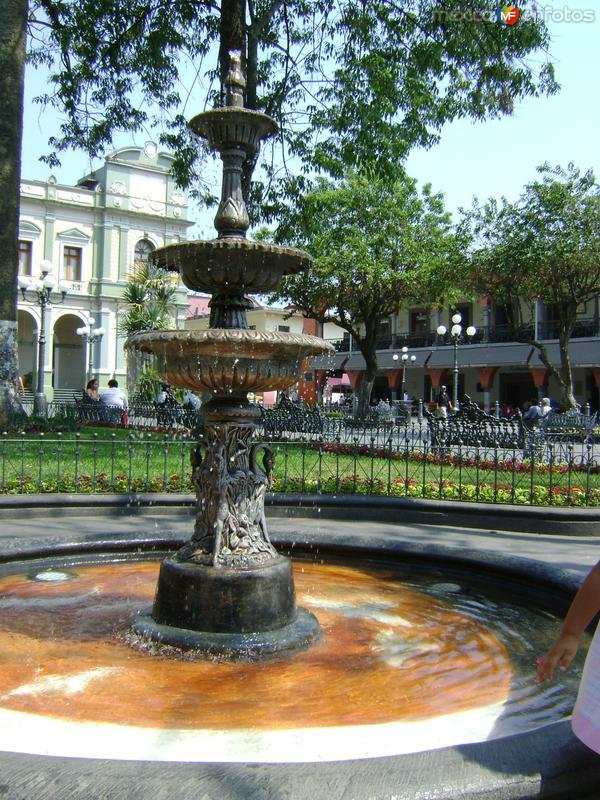 Fuente de hierro forjado. Córdoba, Veracruz. Abril/2012