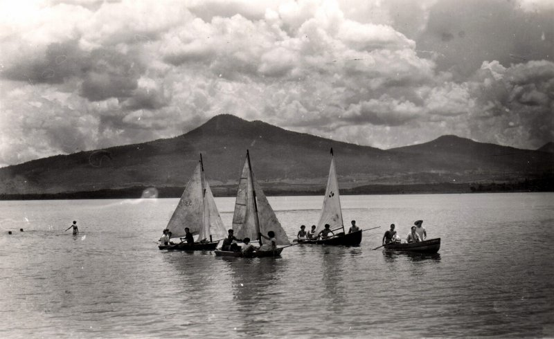 Veleros en el lago de Chupícuaro