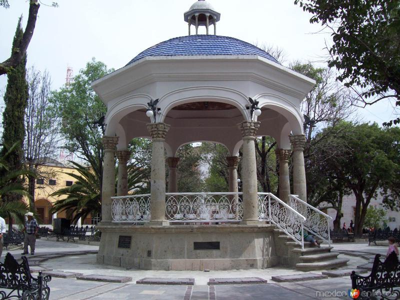 Kiosko en Jardín principal.