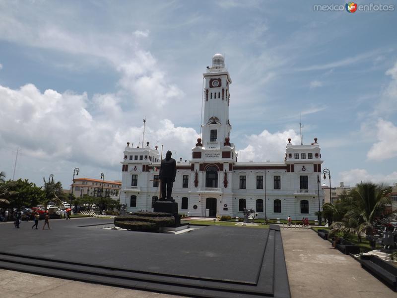 Faro Venustiano Carranza en el Puerto de Veracruz. Julio/2012