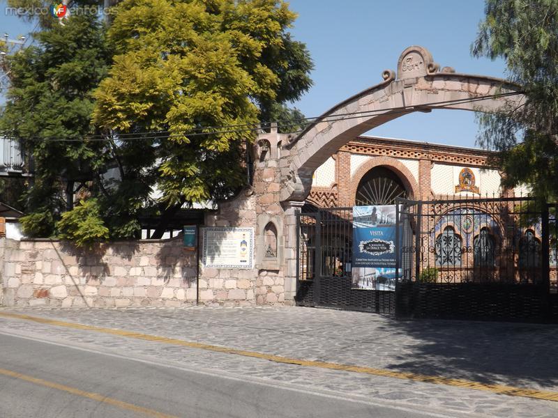 Entrada de la ex-hacienda Corralejo, Gto. Noviembre/2012