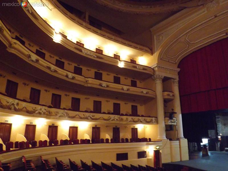 Interior del teatro Peón Contreras. Abril/2013