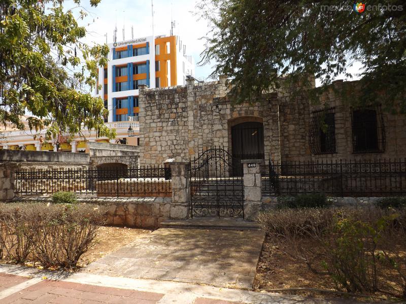 Antigüas casonas del Paseo Montejo. Mérida. Abril/2013