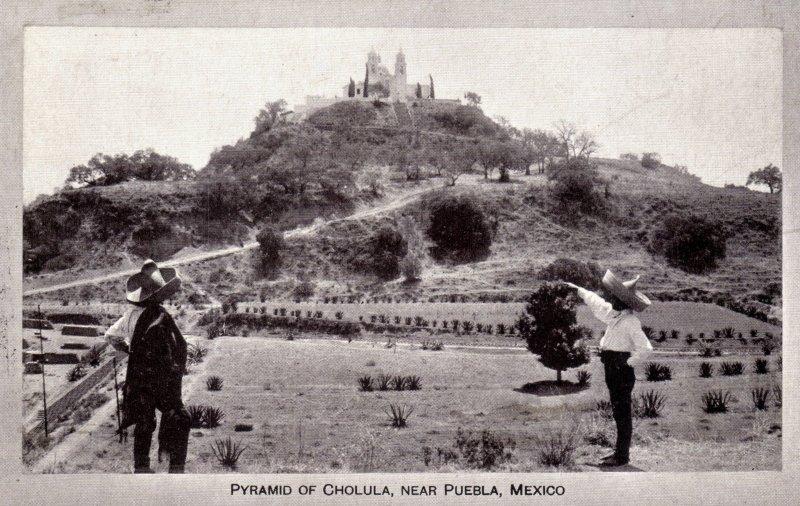 Templo y pirámide de Cholula