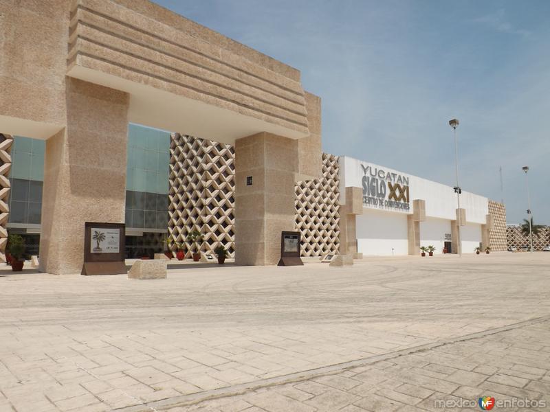 Centro de convenciones Siglo XXI. Mérida. Abril/2013