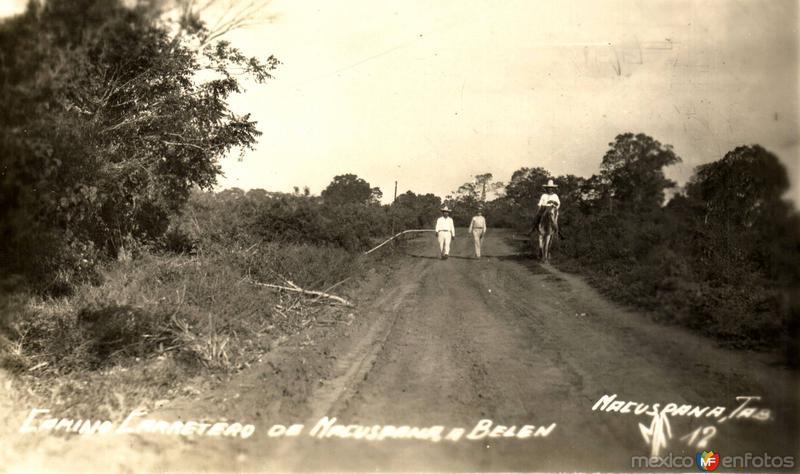 Camino carretero de Macuspana a Belén