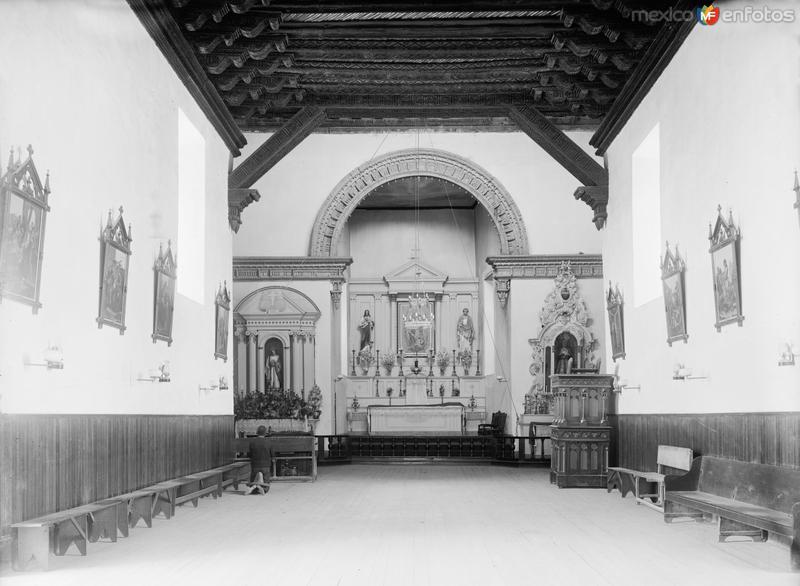 Interior de la Misión de Guadalupe