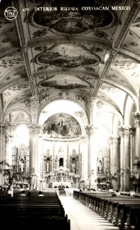 Interior de la Iglesia de Coyoacán