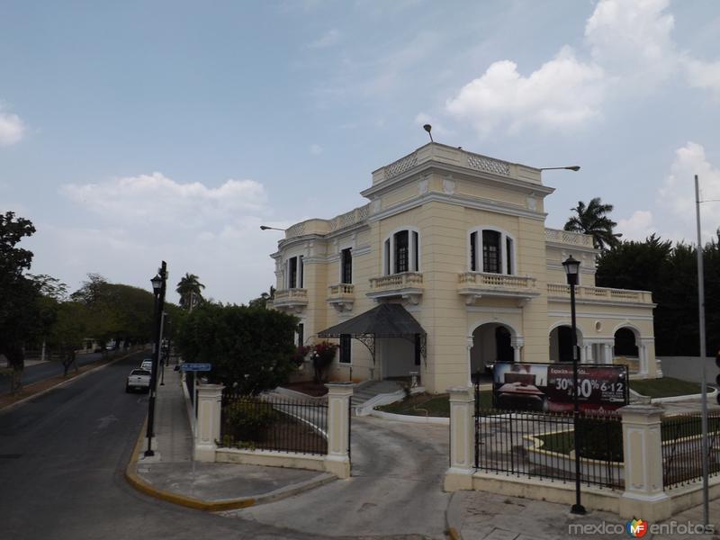 Antigüas mansiones del auge del henequén. Mérida. Abril/2013
