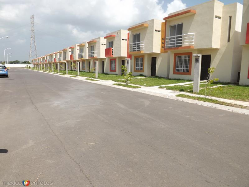 Nuevos desarrollos habitacionales cerca del aeropuerto. Agosto/2013