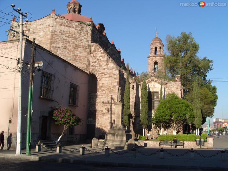 Vista posterior de la Catedral de Tlalnepantal