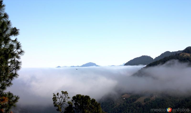 Planeando junto a la niebla. Vista desde el Cerrito del Calvario