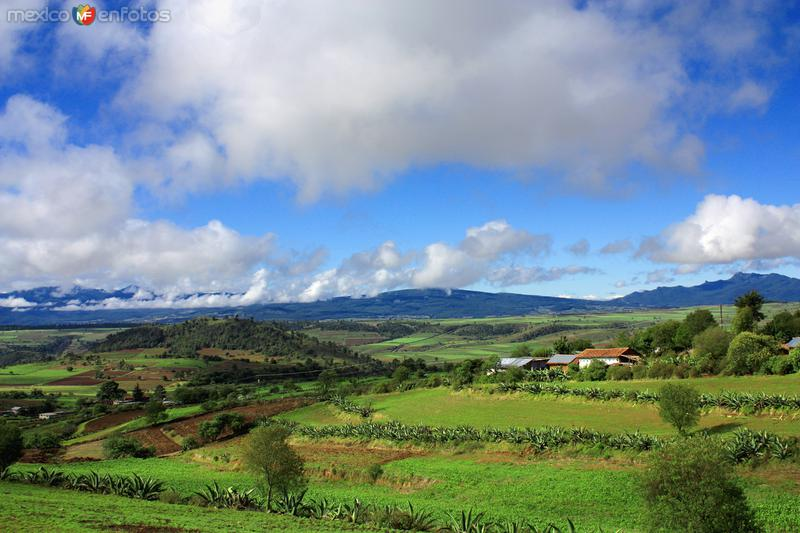 Vista desde el camino a Cuautelolulco
