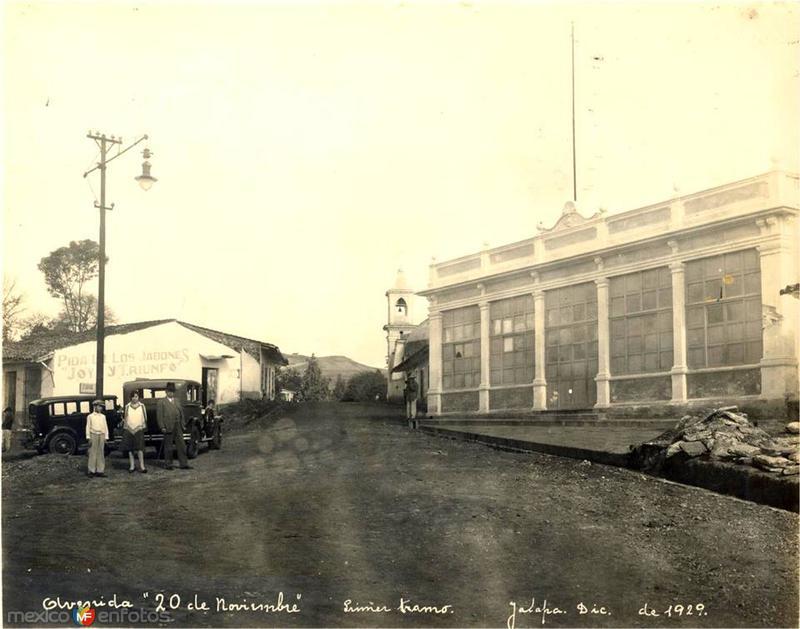 Avenida 20 de noviembre, primer tramo, diciembre de 1929