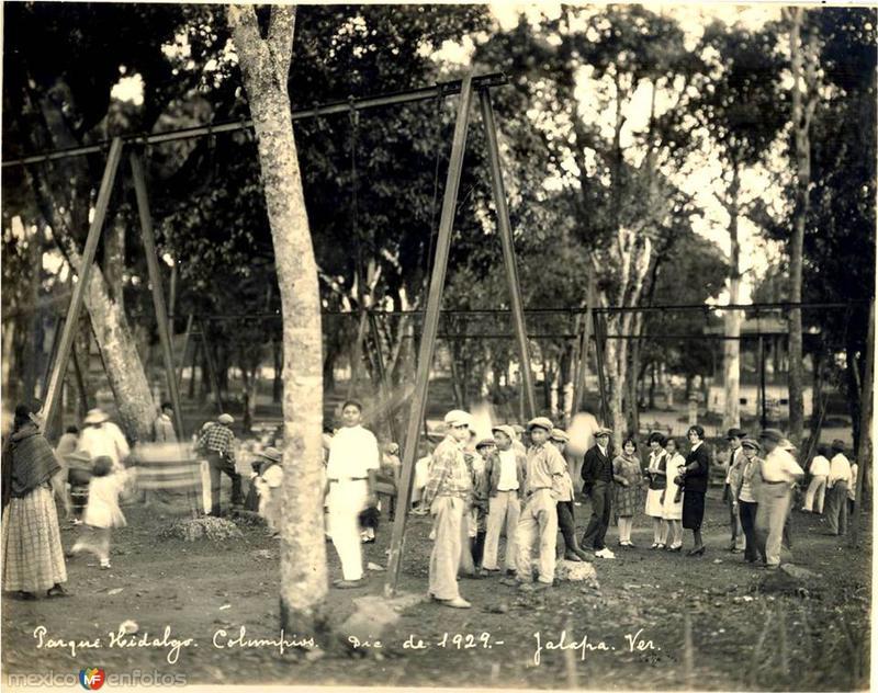 Parque Hidalgo, Columpios, diciembre de 1929