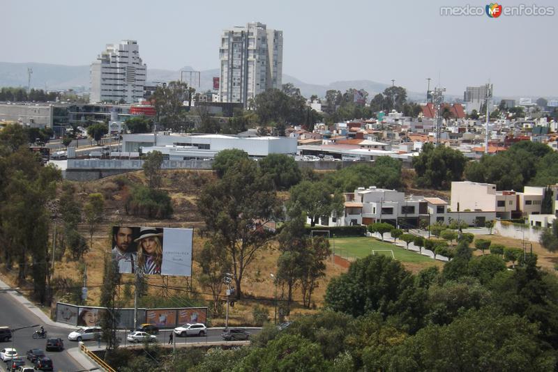 Vista hacia la zona de Zavaleta. Puebla. Abril/2014