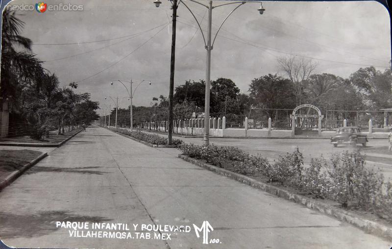Parque Infantil y Boulevard