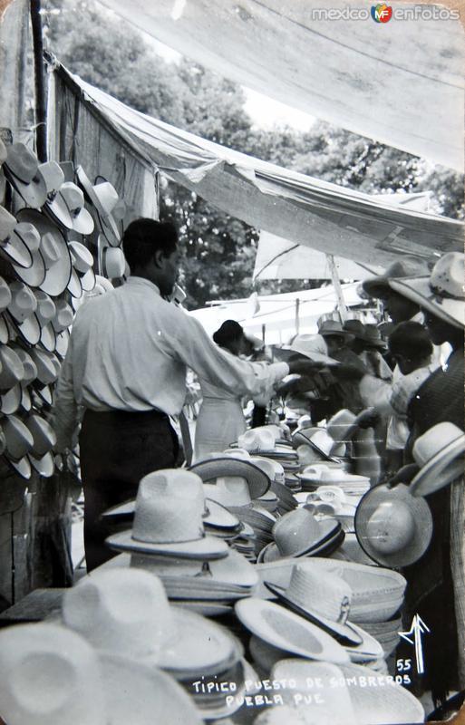 Puesto de Sombreros