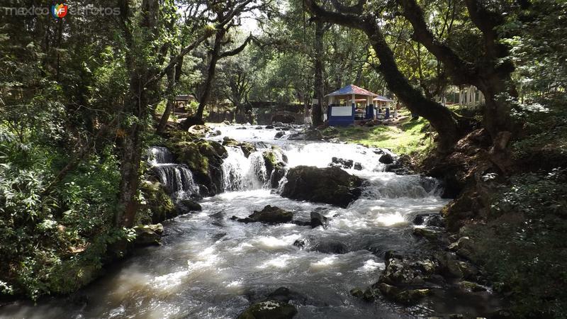 Río Chignahuapan en Centro Ecoturístico Quetzalapan. Mayo/2014