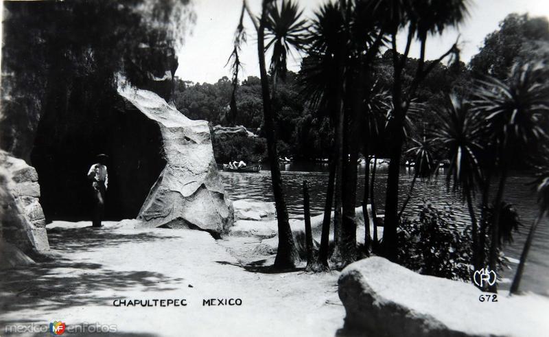 Chapultepec Hacia 1930