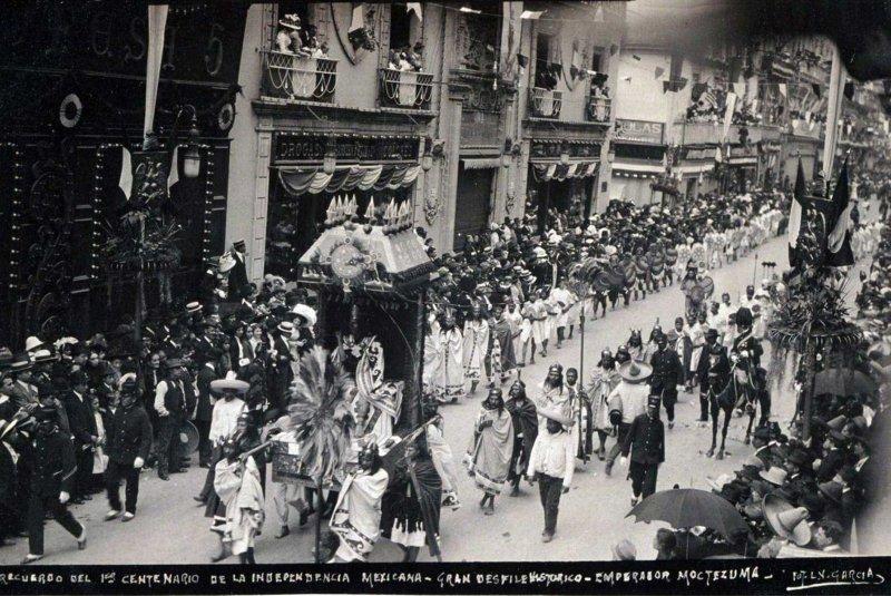 Desfile de el Recuerdo de Centenario 1910 Hacia 1910
