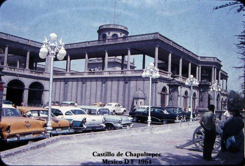 Estacionamiento en Chapultepec Hacia 1964