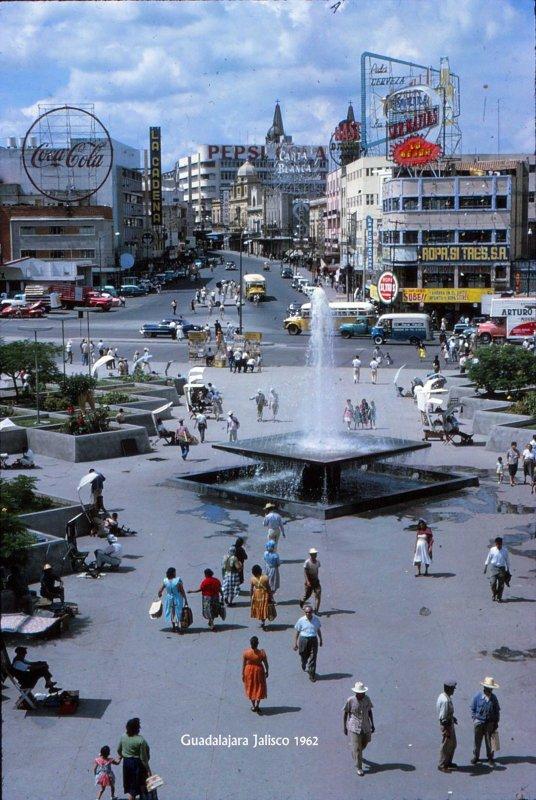 Calzada Independencia y Ave Juarez Hacia 1962