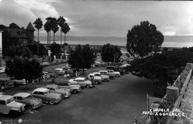 Estacionamiento 1945