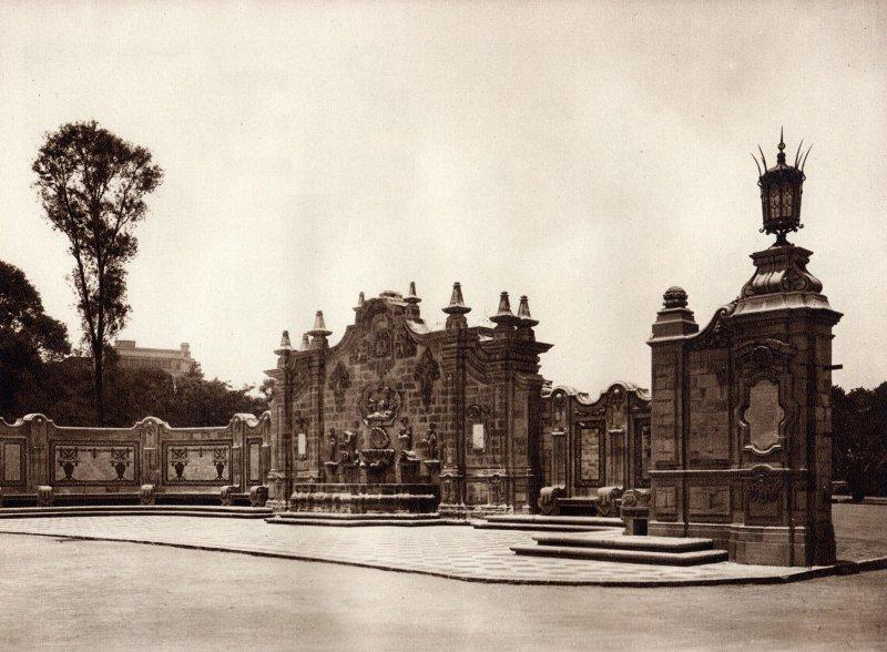 Entrada al Parque de Chapultepec (circa 1920)
