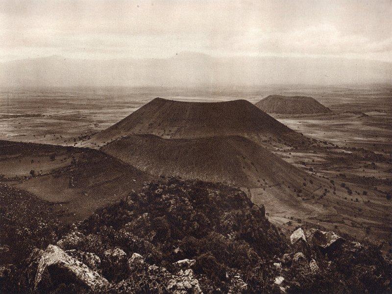 Sierra de Santa Catarina, vista desde La Caldera (circa 1920)