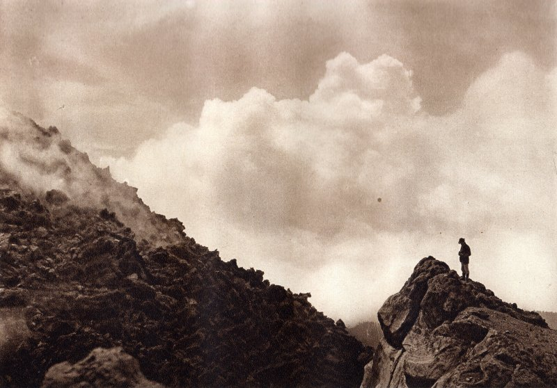 El Cvolcán de Colima (circa 1920)