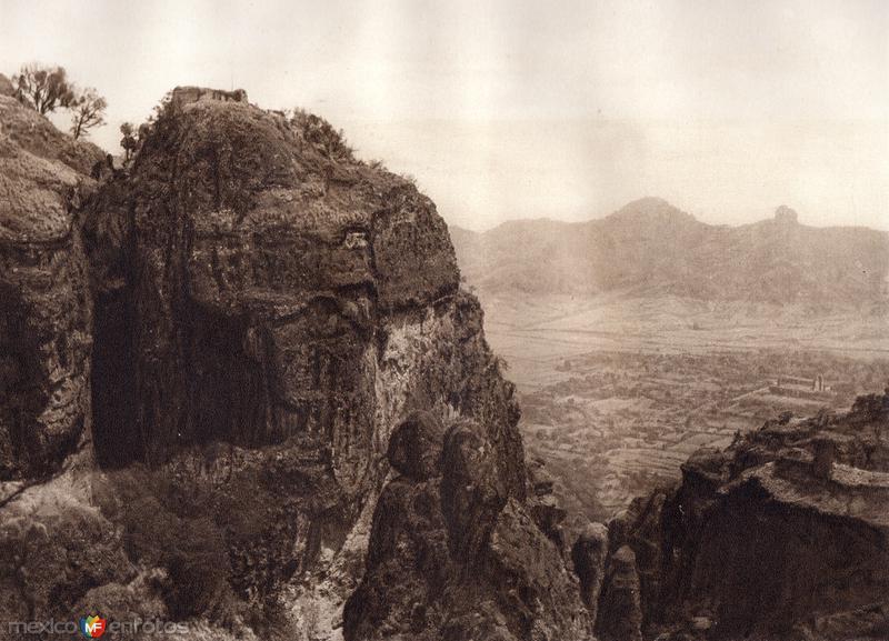 Vista de Tepoztlán (circa 1920)