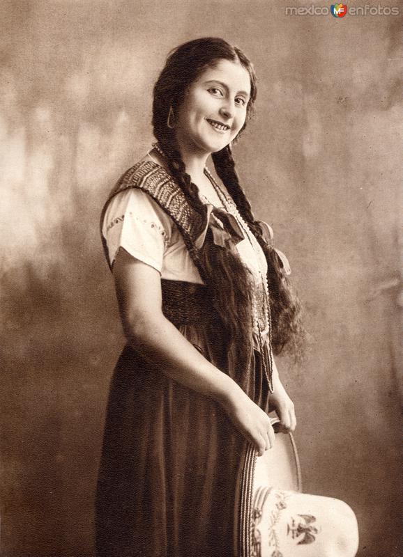 China Poblana (circa 1920)