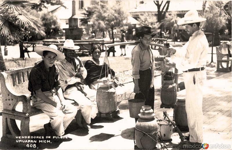 Vendedores de Pulque Hacia 1945