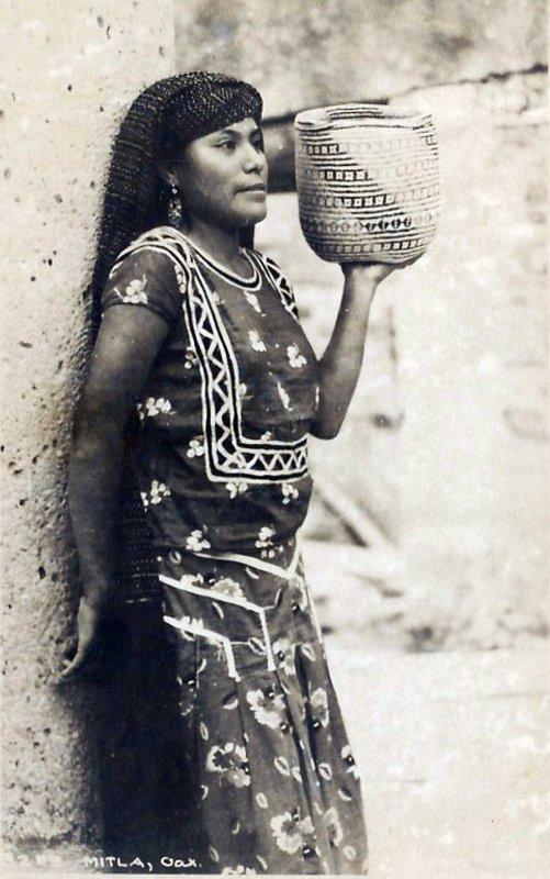 Indigena hacia 1945