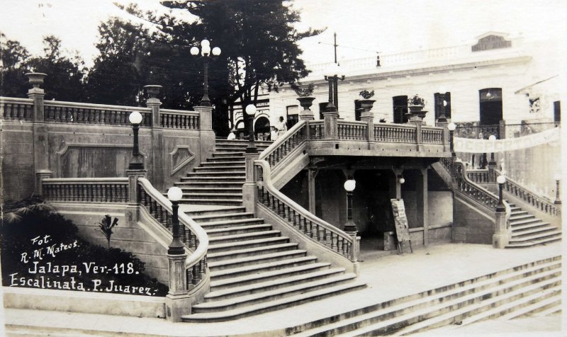 Escalinata de P Juarez