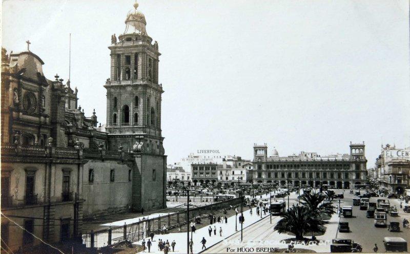 Catedral y Zocalo Por HUGO BREHME Hacia 1930