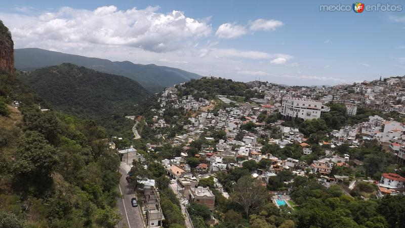 Panorámica de la ciudad desde el teleférico. Julio/2014
