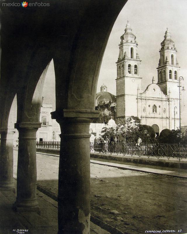 La Catedral por HUGO BREHME Hacia 1930