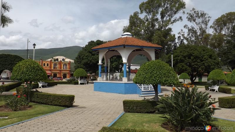 Kiosco de Santa María del Tule. Julio/2014