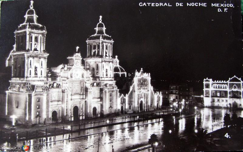 La Catedral en noche lluviosa Hacia 1945