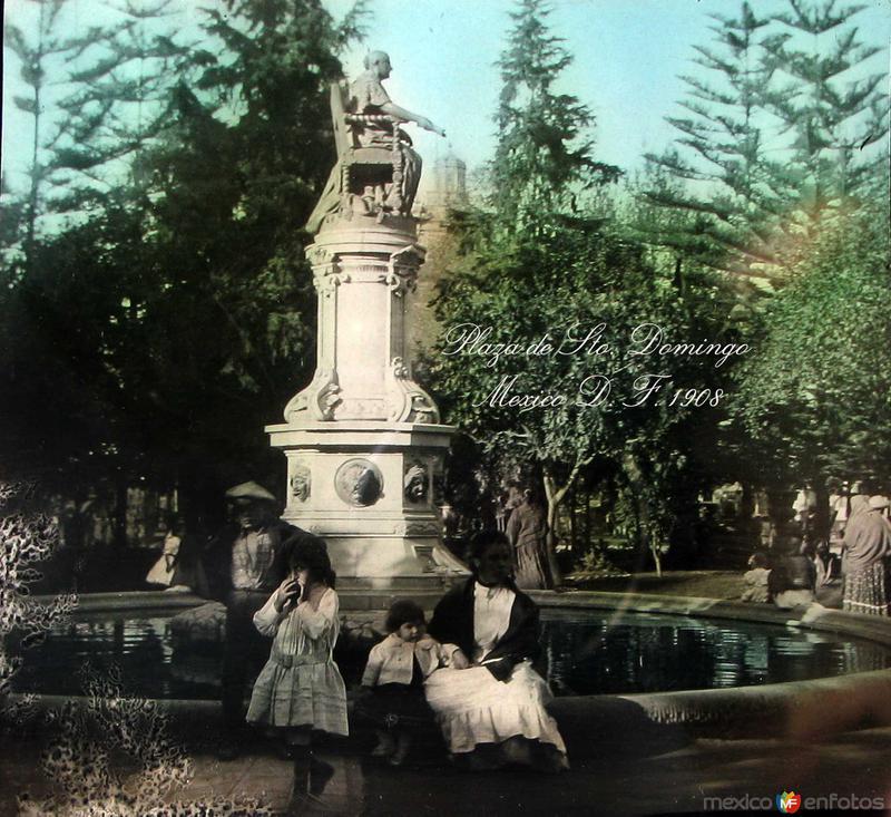 Plaza de Santo Domingo Hacia 1908