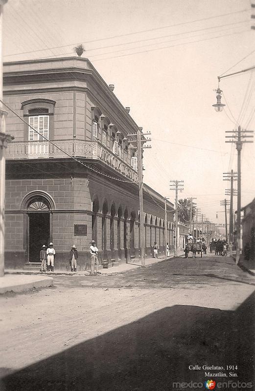 Mazatlán, calle Guelatao