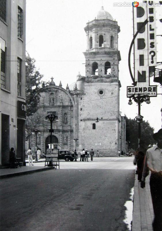 Escena Callejera Hacia 1939