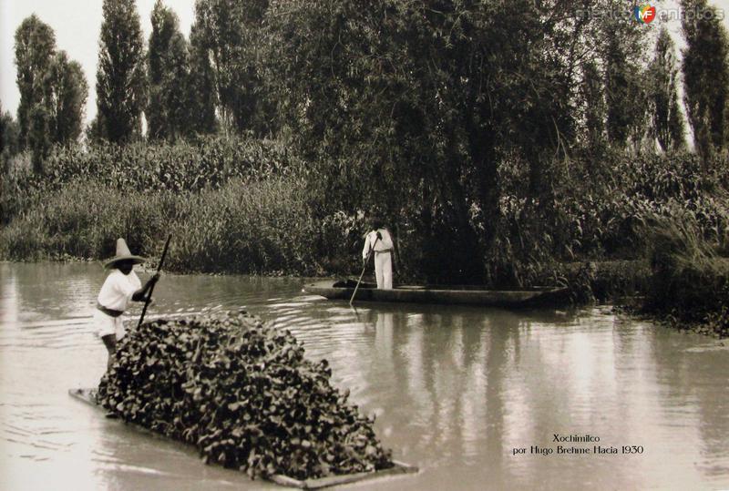 Xochimilco Por el fotografo HUGO BREHME Hacia 1930