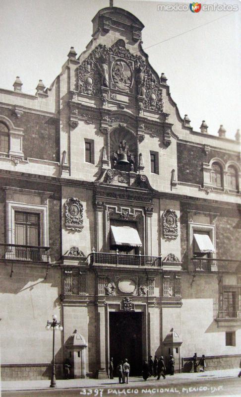 Palacio Nacional Por Hugo Brehme Hacia 1930