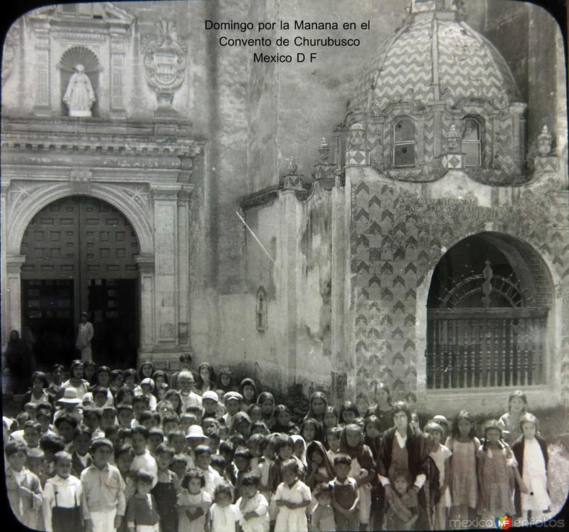 Misa en el Convento de Churubusco Hacia 1930