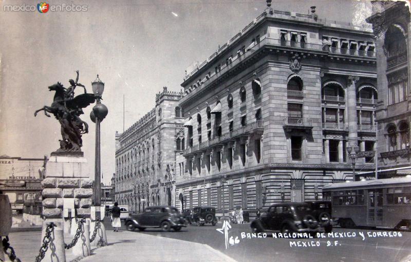 Banco Nacional y Correos Hacia 1945