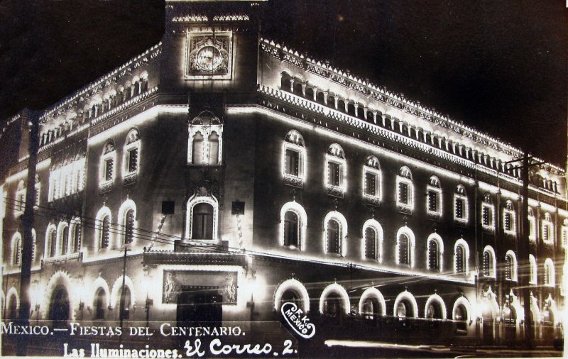 Fiestas del Centenario Iluminacion Palacio Postal (1910)