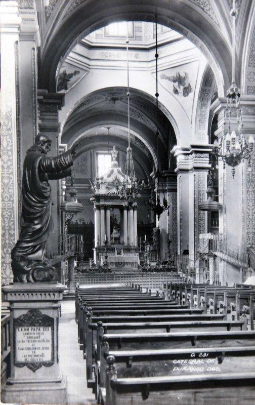 Interior de la Catedral Hacia 1945